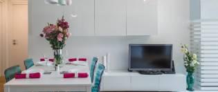 apartament alb de 90 mp
