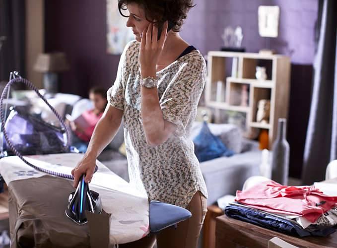 tipsuri care te vor ajuta să calci mult mai ușor hainele (2)