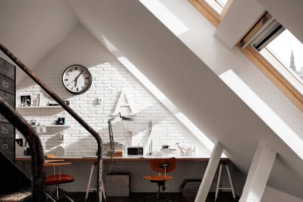 4 sfaturi pentru amenajarea biroului la mansardă (1)