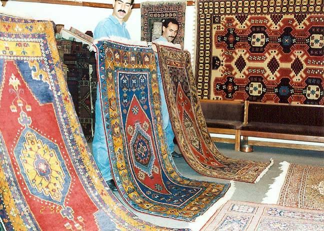 Industria covoarelor persane din Iran